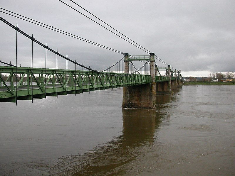 Bridge over the Loire river between Ingrandes, Maine-et-Loire and Le Mesnil-en-Vallée