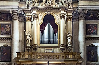 San Pantalon - Image: Interior of San Pantaleone (Venice) Organo