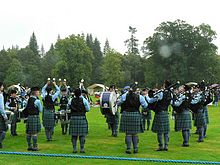 Inveraray Highland Games - Pipe Band - geograph.org.uk - 981251.jpg