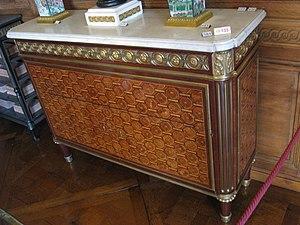 French furniture - Secrétaire à abattant  by Jean-François Leleu, Paris, ca 1770 (Musée Nissim de Camondo, Paris
