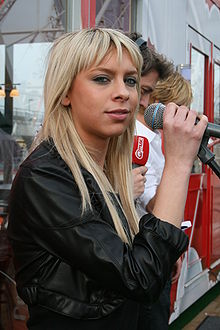 Jelle van Dael (Lasgo singer) doing a soundcheck during her visit to Q-music (De Draaiende Studio), Wijnegem Shopping Center, Wijnegem, Belgium.