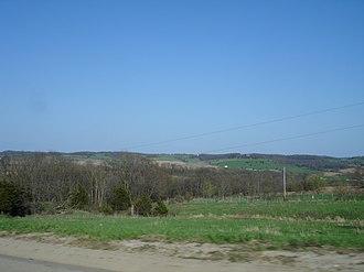 Jo Daviess County, Illinois - Image: Jo Daviess County IL U.S. 20 terrain 1
