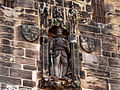 John O Gaunt Lancs Castle - Statue of John O'Gaunt over Gateway.jpg