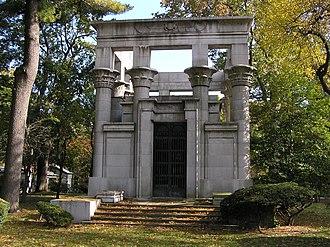 Jules Bache - The mausoleum of Jules Bache