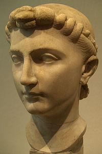 Julia Caesaris filia.jpg