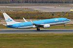 KLM, PH-BXM, Boeing 737-8K2 (30151072552).jpg