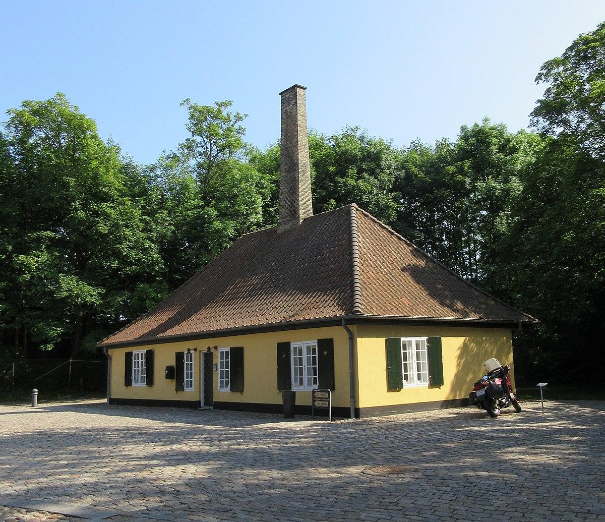 Kalvebod Bastion - old forge.jpg