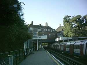 Kingsbury tube station - Image: Kingsbury platform N