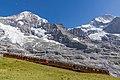 Komposition der Jungfraubahn vor Mönch und Jungfrau.jpg