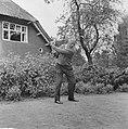 Koning Leopold in Eindhoven om mee te doen aan golfwedstrijden Koning Leopold v, Bestanddeelnr 915-2836.jpg