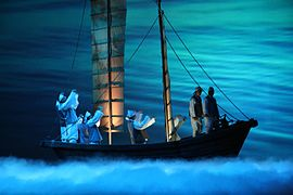 Korean theater-Changgeuk-Leaving Ship-01.jpg