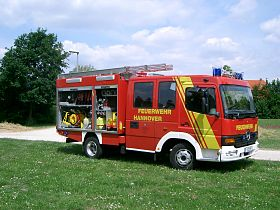 Fire fighting vehicle 10