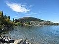 Lake Esplanade, Queenstown (482901) (9484638926).jpg