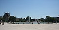 Large round basin of Jardin des Tuileries 2, Paris 15 July 2006.jpg