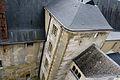 Le Chateau de La Roche-Guyon.Vue interieure,à partir de l'escalier vers le donjon..jpg
