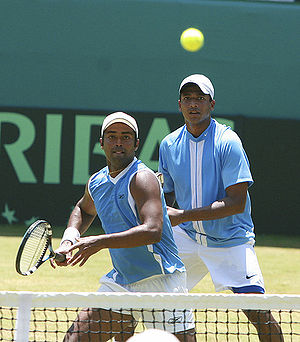 Mahesh Bhupathi - Bhupathi (right) and Leander Paes