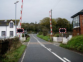 Dunragit - Image: Level crossing at Dunragit