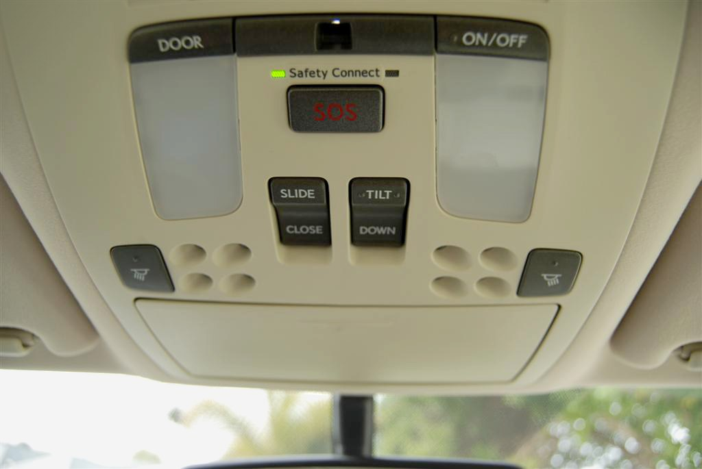 Lexus overhead console IS connect