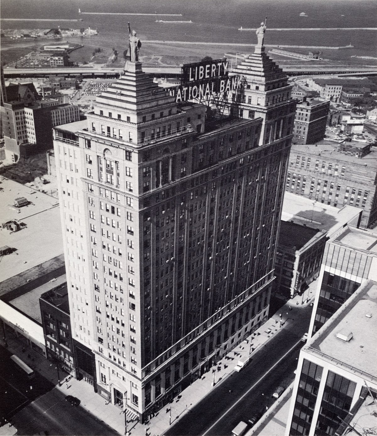 Main Building Group Pictures: Liberty Building (Buffalo, New York)