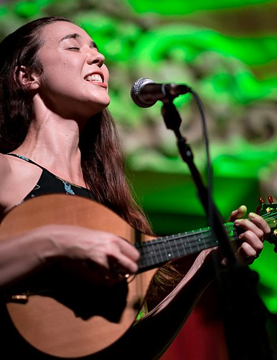 Picture of a band or musician: Lisa Hannigan