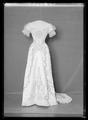 Liv till drottning Victorias silverbröllopsklänning - Livrustkammaren - 44304.tif