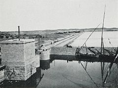 Lock, Barrage at Assouan (1906) - TIMEA.jpg