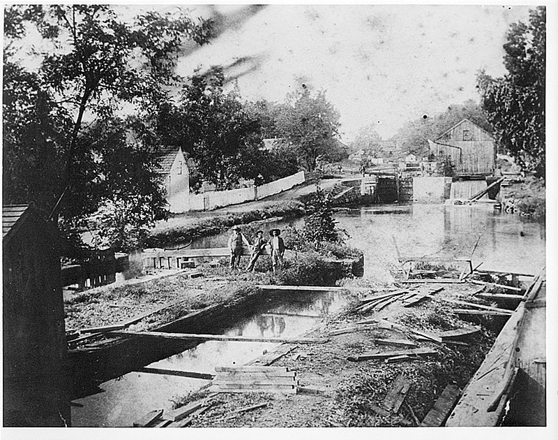 Lock 47 Historical C and O Canal.jpg