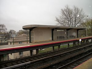 Locust Manor (LIRR station) - The populuxe-designed shelters as seen on a rainy late afternoon