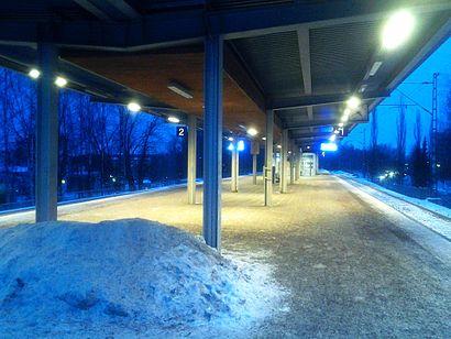Kuinka päästä määränpäähän Louhelan Asema käyttäen julkista liikennettä - Lisätietoa paikasta
