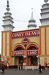 Luna Park 5 (30764851985).jpg