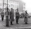 Maastricht, defilé op het Koningsplein, feb 1940 (cropped).jpg