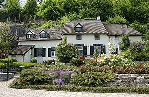 Villapark (Maastricht) - Image: Maastricht rijksmonument 27972 Lage Kanaaldijk 106 20100515