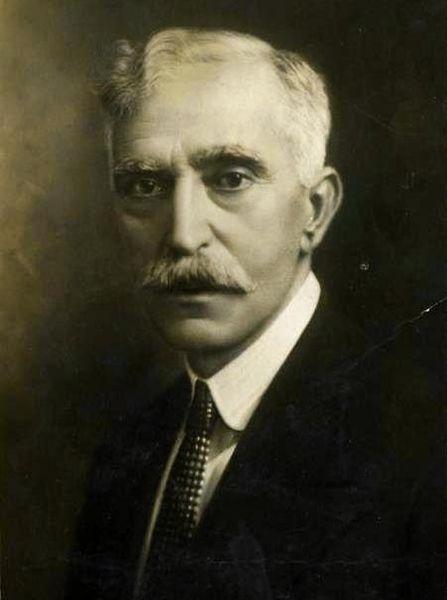 Posta fotogràfica de Francesc Macià a l'exili. Any 1925.