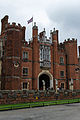Main Entrance to Hampton Court Palace.jpg
