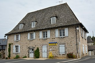 Roannes-Saint-Mary - The town hall in Roannes-Saint-Mary