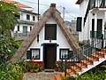 Maisonnette traditionelle - panoramio.jpg