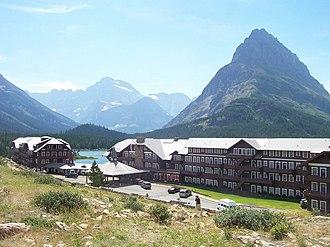 Glacier National Park (U.S.) - The Many Glacier Hotel on Swiftcurrent Lake