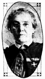 Army matron, wearing the Royal Red Cross (1st class)