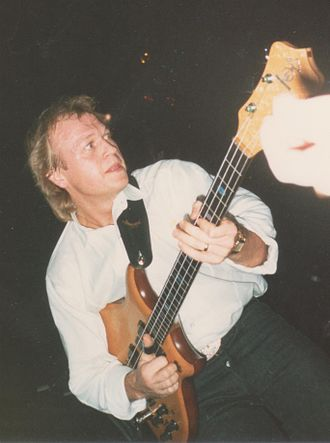 Level 42 - Mark King performing in 1988