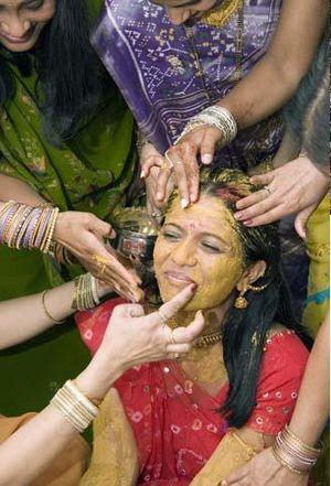 Punjabi wedding traditions - Mayian ceremony