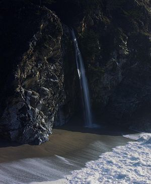 McWay Creek - McWay Falls is the most well-known of the three prominent waterfalls in the McWay Creek watershed.
