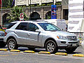 Mercedes Benz ML 350 2006 (15692629820).jpg