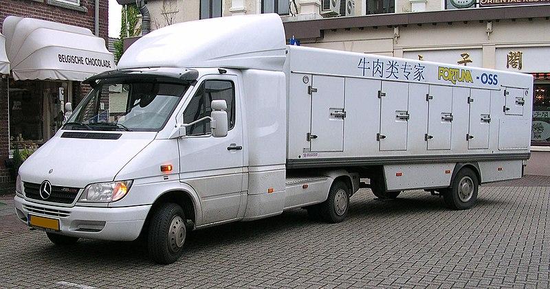 Mercedes Sprinter Avec Caisse C Est Une Camionnette Ou Vasp