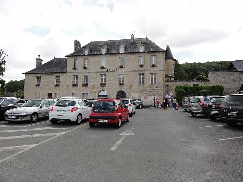Mercin-et-Vaux (Aisne) école (sortie de classe)