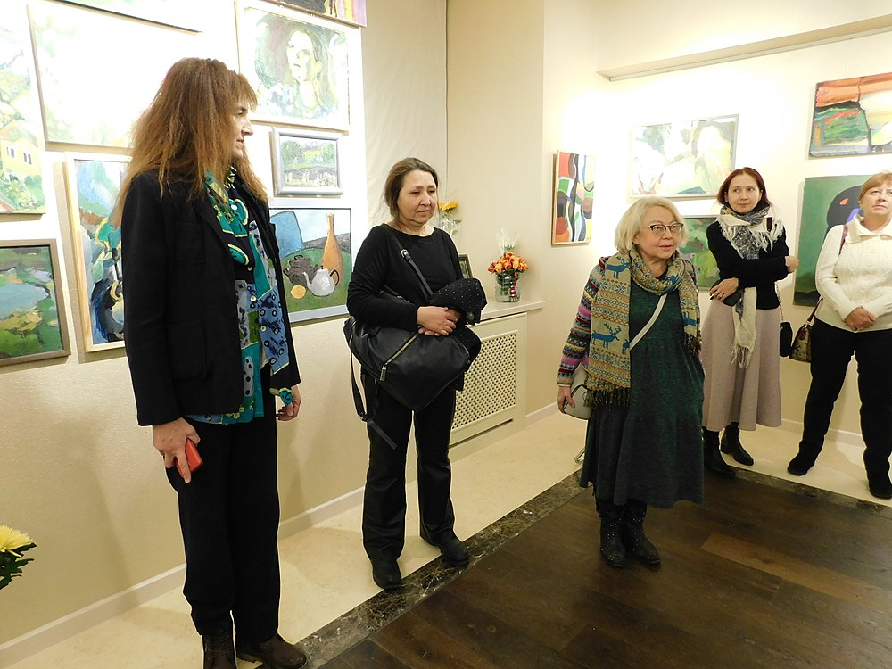 Minima gallery opening (Green collisions; 2018-12-01) 55.jpg