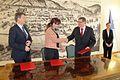 Ministrica za obrambo v okviru vladnega obiska Podravja podpisala pogodbo z mariborskim županom 08.jpg