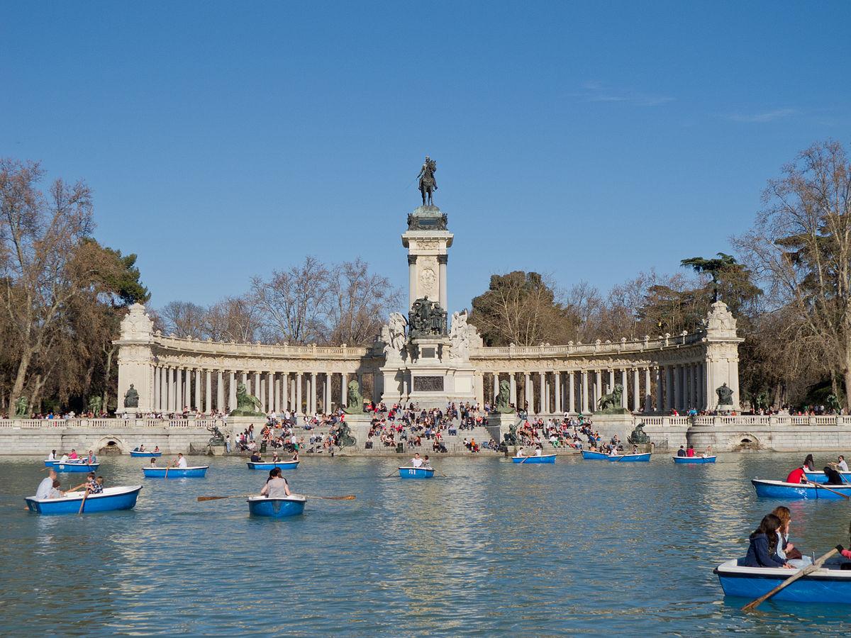 Ficheiro Monumento A Alfonso Xii De España En Los Jardines Del Retiro 01 Jpg Wikipédia A Enciclopédia Livre