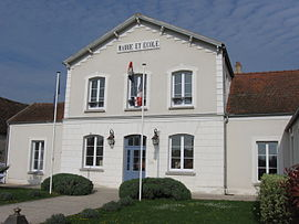 The town hall in Mouy-sur-Seine