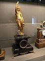 Musée des Arts et Métiers pendule XIX.JPG