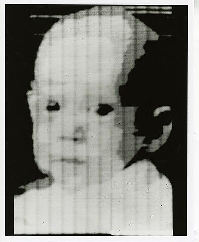 Russell A. Kirsch: Scan eines Portraits von Walden Kirsch, 1957.